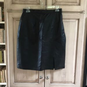 Tower Hill black leather Skirt sz 8